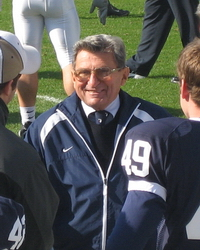Joe_Paterno_Sideline_PSU-Illinois_2006